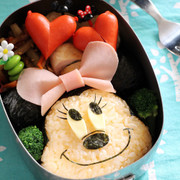 ハムのビッグリボン☆ミニーちゃんキャラ弁の写真