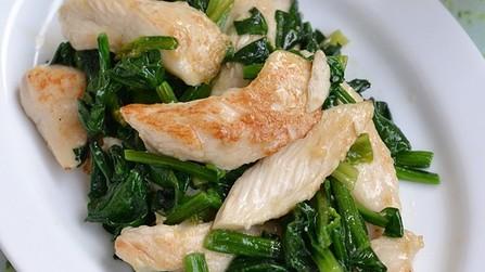 鶏むね肉とほうれん草の味噌炒め【作りおき