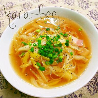 風邪予防に♡長ネギの中華ジンジャースープ