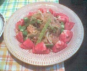 野菜がいっぱい♪中華風サラダ