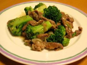 牛肉とブロッコリーの簡単にんにく炒め