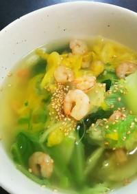 キャベツと白菜とエビで簡単スープ