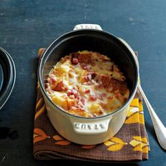 チーズと玉ねぎのミルクパングラタン