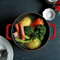 ごろごろ野菜とソーセージのポトフ