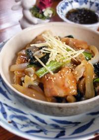豚バラ肉と小松菜の甘辛炒め煮丼