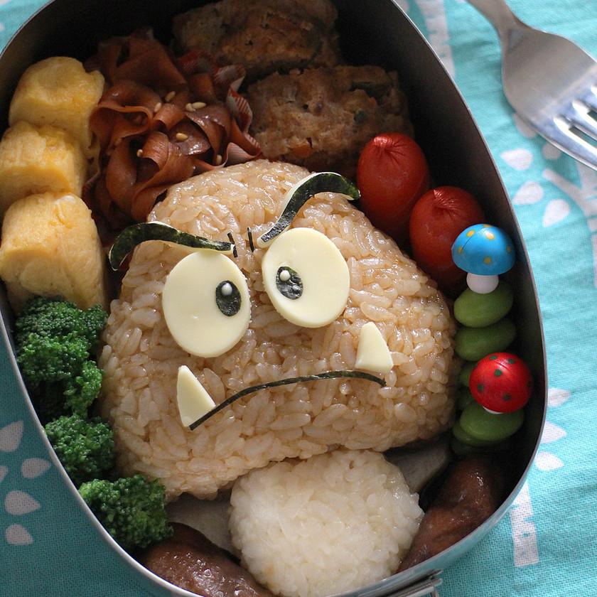 スーパーマリオ☆クリボーのキャラ弁