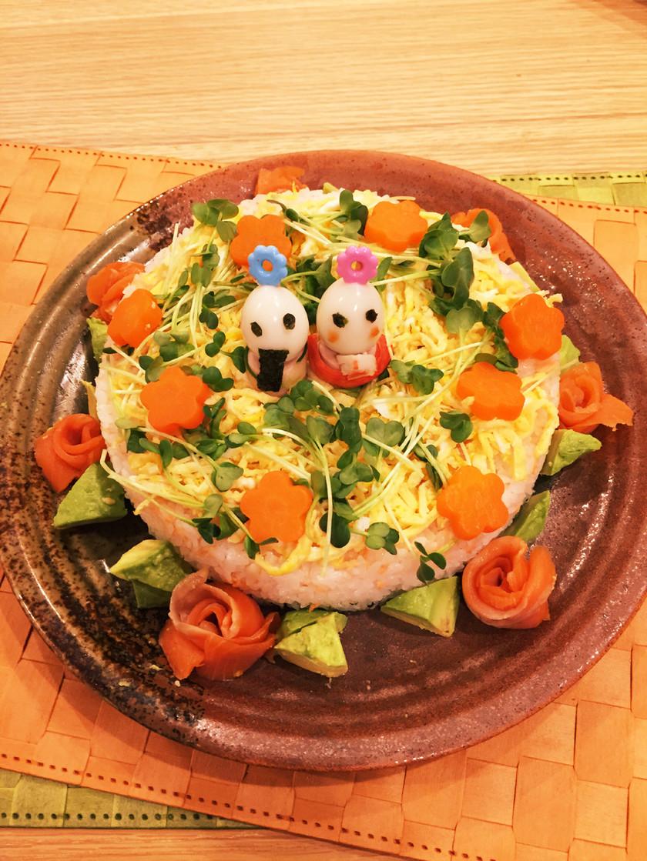 子供が喜ぶ!ひな祭りのケーキ寿司