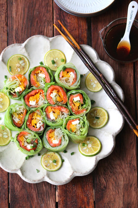 春キャベツとサーモンのロールサラダ