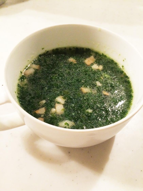 パセリのスープ