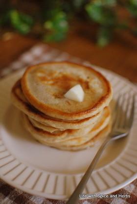 卵なし♪ヘンプシードと全粒粉のパンケーキ