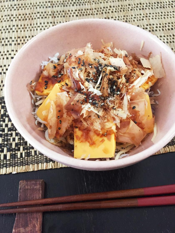 カルシウムバッチリ♡しらすチーズ丼