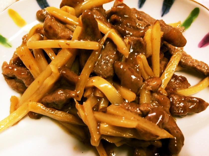 安い牛肉も美味しく!筍と牛肉のソース炒め