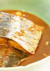 サバの味噌煮 材料入れて煮込むだけ。