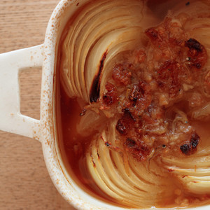 玉ねぎのスープ自家製食べるラー油風味