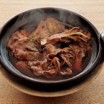 豚肉と舞茸の赤ワイン煮