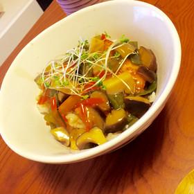白身魚と野菜たっぷりあんかけ丼