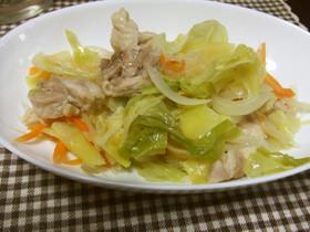 減塩鶏モモ肉ごま油漬けと野菜の酒蒸し