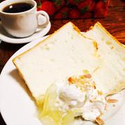 卵白救済!ふわっふわエンゼルフードケーキの写真