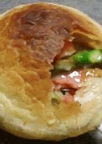 冷凍パイシートで鮭のシチューポットパイ