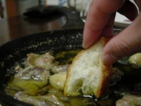 砂肝(砂ずり)のオリーブオイル煮込み