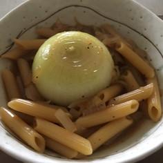 玉ねぎ丸ごと マカロニスープ