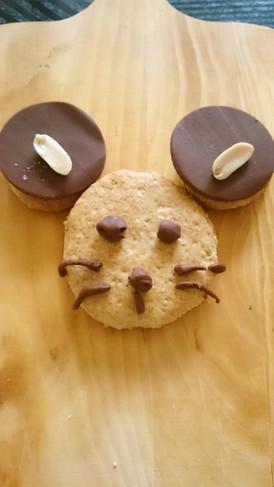 スライス生チョコでキャラクッキー