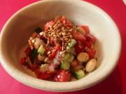 話題のアマ二油とアマランサスの豆サラダの写真