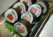 初心者でも上手に巻ける巻き寿司!の写真