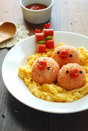 簡単デコ☆ふわふわ卵のオープンオムライス