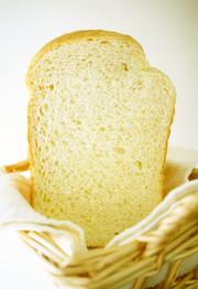 HB早焼き♪ふわリッチな生クリーム食パンの写真