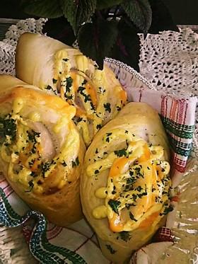ハムとチーズの巻き々パン
