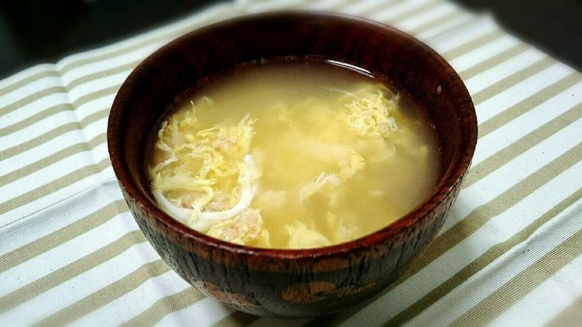 カニ缶と卵の生姜スープ☆