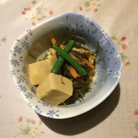 糸切昆布と高野豆腐の煮物