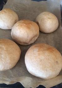 全粒粉のふんわりパン