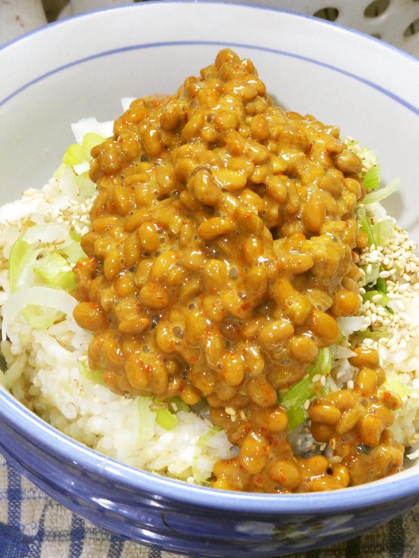 """""""アカン""""くない飯:白炒りゴマの納豆ご飯"""