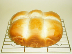 パネクイックのHBちぎりパン(チーズ)