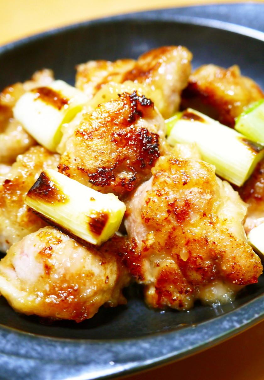 鶏もも肉がぷりぷり!焼き鳥風ゆず胡椒焼き