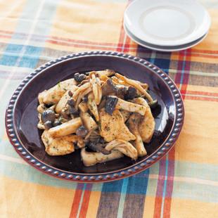 きのこと鶏のオイスターペッパー炒め