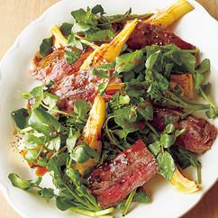 牛ステーキと焼きたけのこのサラダ