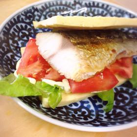 糖質オフ ☆高野豆腐パンでサバサンド☆