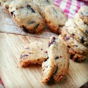 絶品!手が止まらなくなるパン粉クッキーの写真
