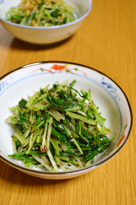 簡単副菜✿水菜のゆかりおかか和え