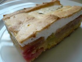 ドイツのルバーブケーキ*甘酸フルーツで♪