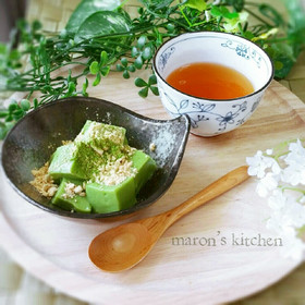 片栗粉で簡単♥抹茶のミルクわらび餅