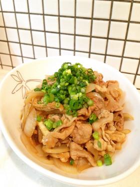 簡単メイン☆豚こま油揚げのすき焼き風炒め