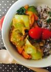 チンゲン菜と湯葉の雑穀うま辛丼