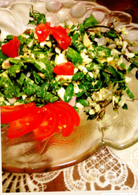ツナとルッコラの花サラダ