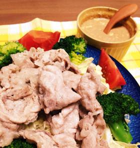 まるごと!キャベツの簡単蒸し豚サラダ☆
