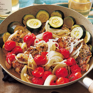 豚とミニトマトのオイル蒸し