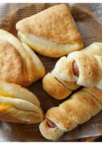 ビスケット風チーズとソーセージ捻りパン